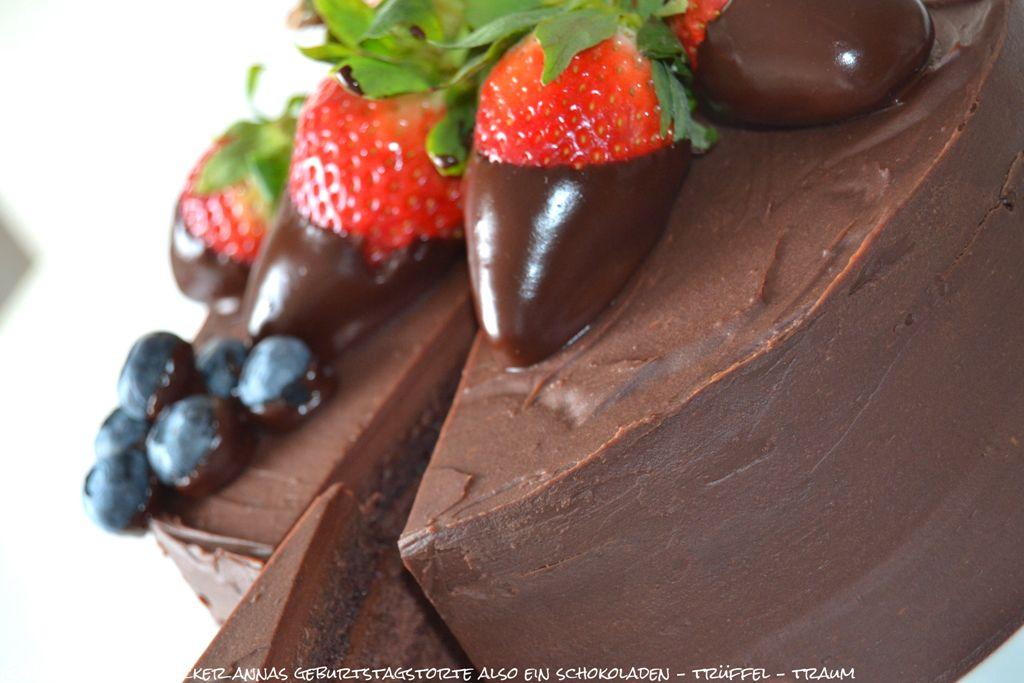 czekoladowy_tort_z_masa_truflowa_02