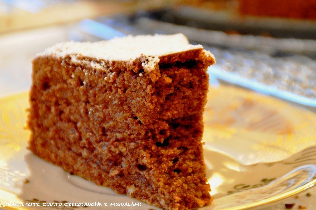ciasto_czekoladowe_z_migdalami