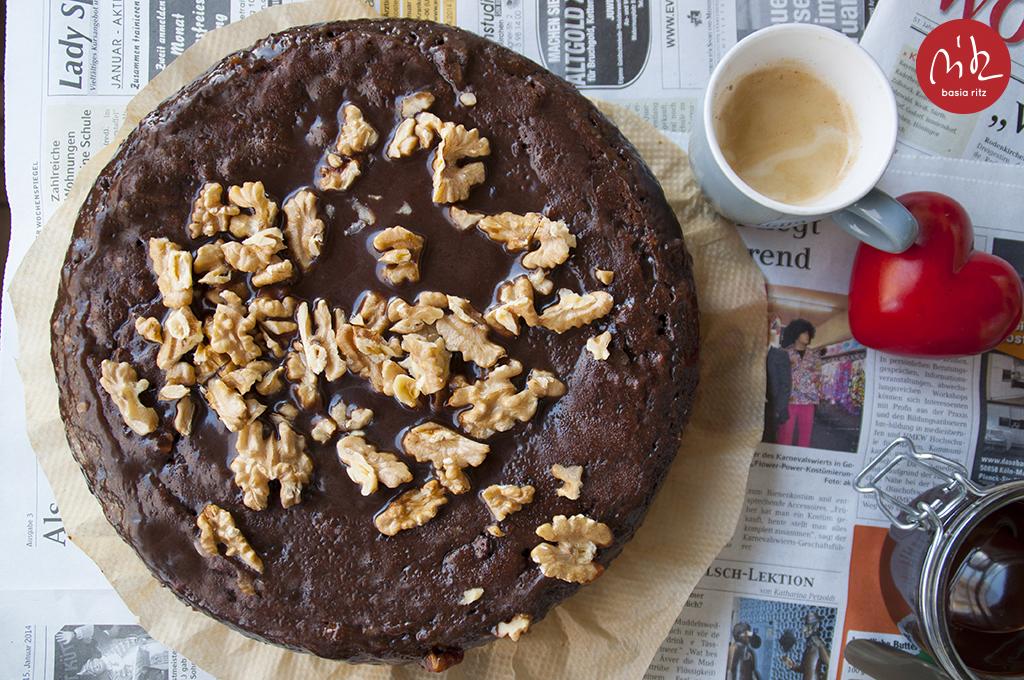 sticky_chocolate_cake_01